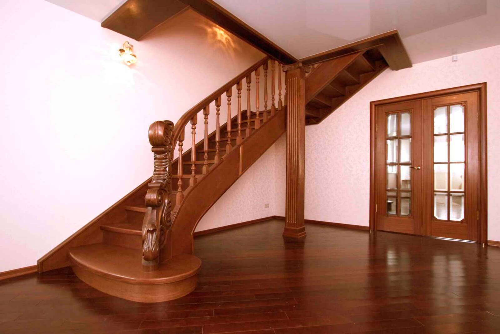 где купить элементы лестниц лестницы в вологде из дерева